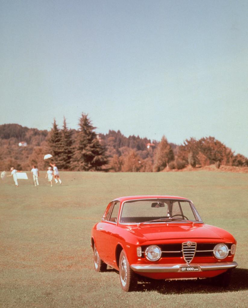 ARHA0345_Giulia CoupÇ 1300 GT Junior 1966-1968