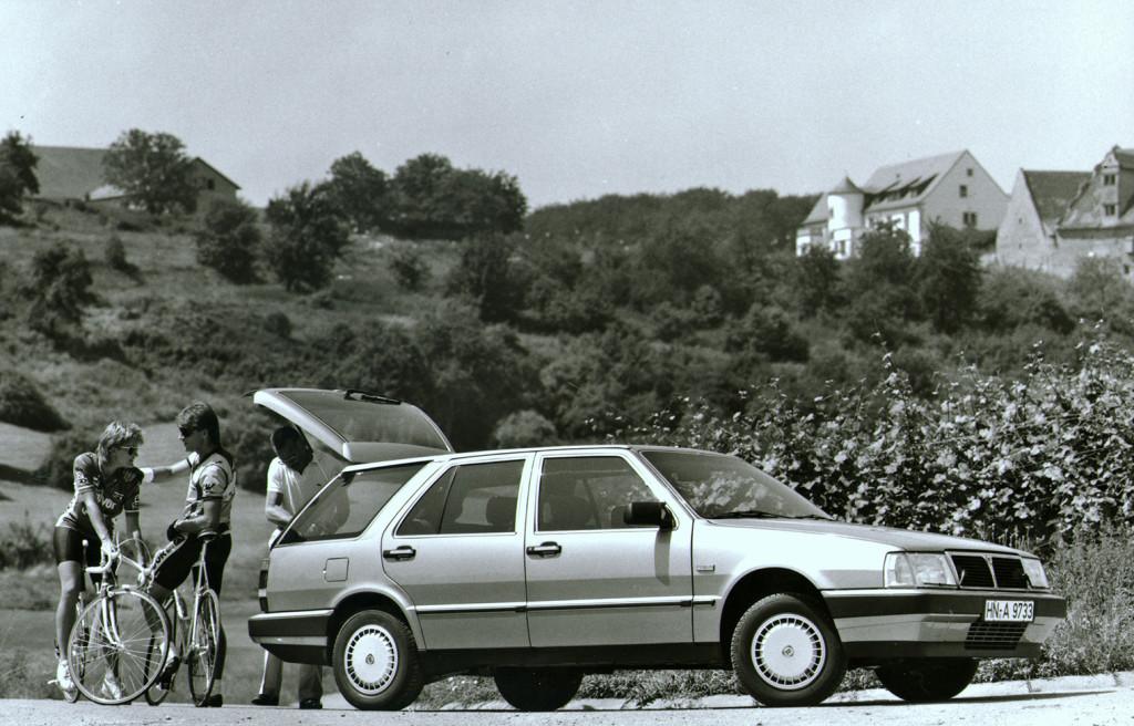 LHA138 - Thema S.W. 2.4 Turbodiesel S 1. Serie 1986-1988